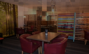 Fresh food and meeting place in Worcester